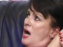 Big mature mom Jewels Ryan sucks a hard dick for a creampie