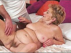 Big dick guy fucking sexy granny BBW