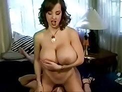 Bonnie Does Porn Video Videography