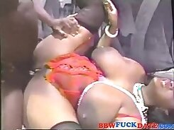 Chubby negro girl squirting thanks to cock
