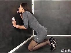 Babe in heels gives head and facial before shooting