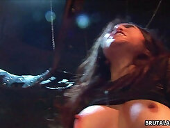 Asian girl sex tape Claudia Valentine was caught lusty patrool