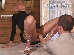 Blondie Gets Double Penetration And Throat Fisting