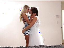 Booty Lesbians Short Hair And Belle For Mouth Sucking