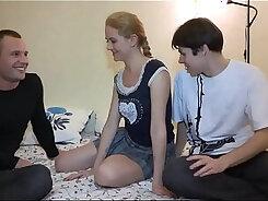 Beurete teen double strokes hard cock